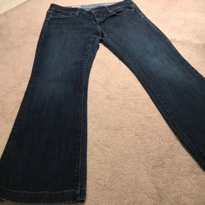 GAP Jeans - Gap Long and Lean Jeans Size 30/10R Medium Wash